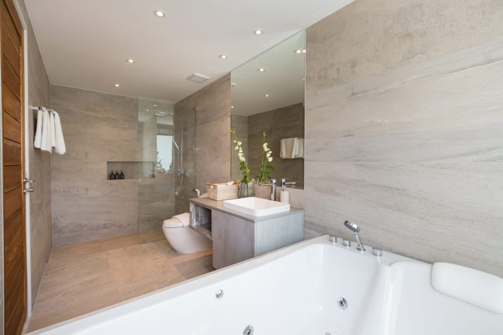 13ii_Moonstone_bathroom_6-1